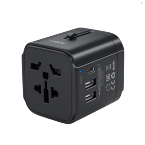 Aukey universal travel adapter with one USB-C and two USB-A port køb shop tilbud